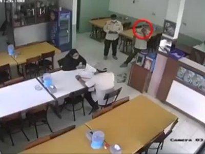 Viral Satpol PP Pungli di Rumah Makan di Jakbar, Langsung Disanksi!