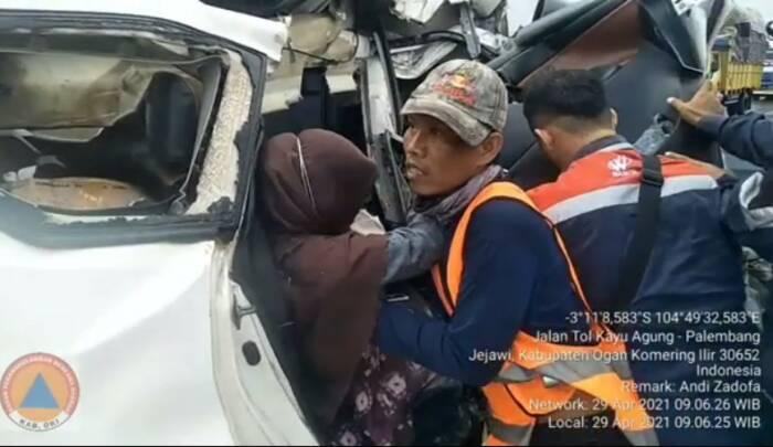 Kecelakaan tragsi di Jalan Tol Trans Sumatera, OKI, Sumsel. (Ist)
