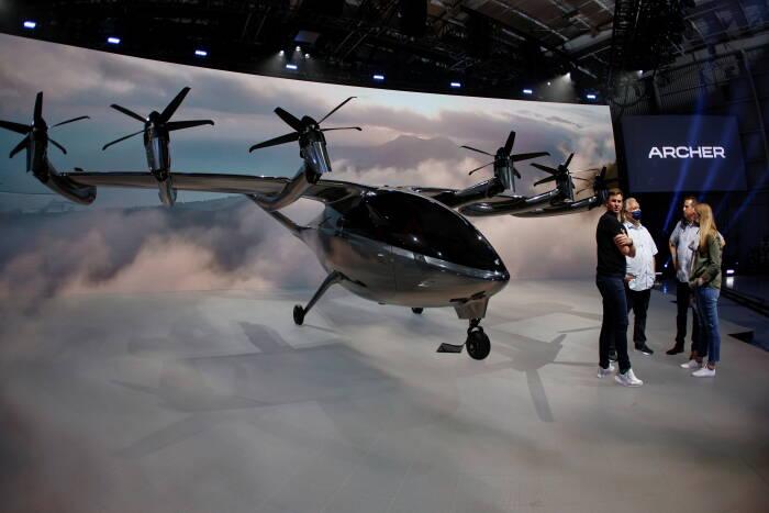 Perusahaan taksi terbang Archer Aviation meluncurkan pesawat listrik di Los Angeles
