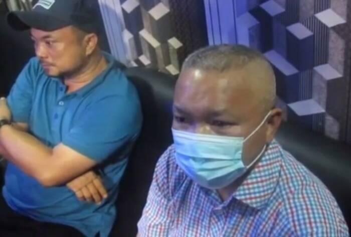 Yafeti Nazara Sekda Nias Utara saat ditangkap polisi. (Istimewa)