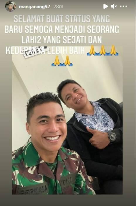 Status Aprilio Manganang kepada kakaknya, Amasya. (Instagram)