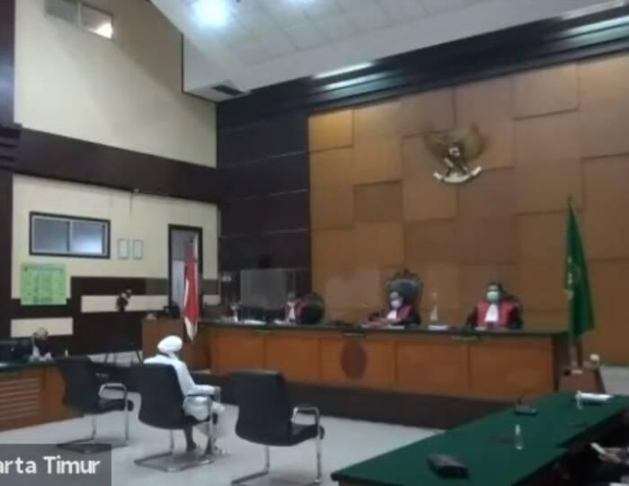 Suasana persidangan Rizieq Shihab di PN Jakarta Timur. (Youtube)