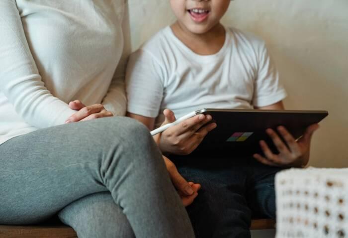4 Aktivitas Seru Dilakukan Bersama Anak di Rumah saat PPKM
