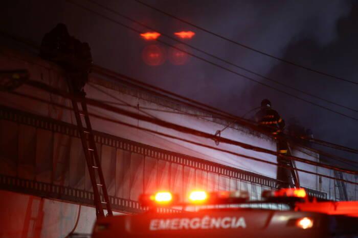 Kebakaran di Cinemateca Brasileira di Sao Paulo