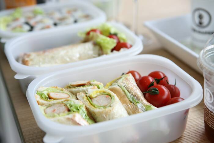 makanan untuk dikirim ke pasien covid