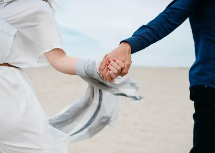 Pernikahan 4 Zodiak Ini Dipenuhi dengan Cinta