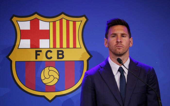 Lionel Messi meninggal Barcelona setelah lebih dari 20 tahun (REUTERS/Albert Gea)